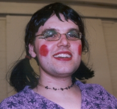 http://helenaskew.blogspot.com/ugly%20sister%201.jpg